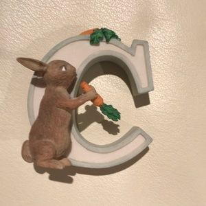 Disney - Winnie the Pooh Alphabet Letter C